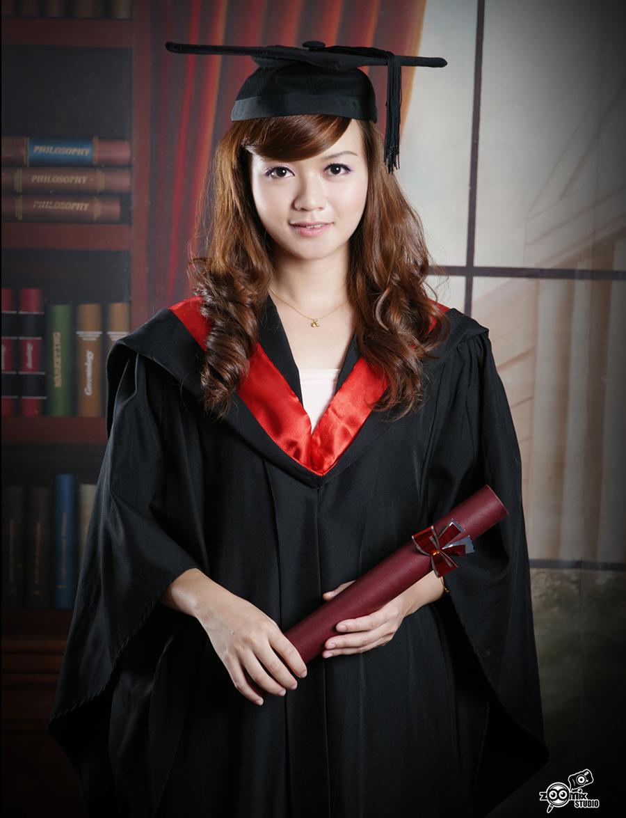 graduation a01